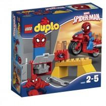 DUPLO® SUPER HEROES Il laboratorio della ragno-bici di Spiderman
