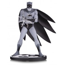 Batman B&W Batman By Jiro Kuwata Statue