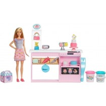 Barbie La Pasticceria Playset con Bambola Bionda, Isola per Cucinare, Forno e Accessori