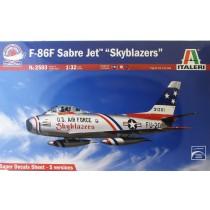 F-86F Sabre Jet ''Skyblazers'' Italeri