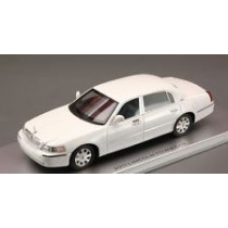 Lincoln Town Car 2011 White 1:43