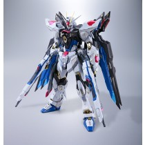Metal Build Strike Freedom by Bandai