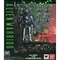 S.H.MonstertArts Alien Warrior
