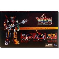 Voltron action figure by Toynami