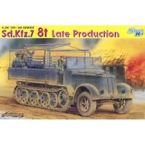 WW.II German Army Sd.Kfz.7 8t Half-track Late Type
