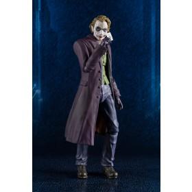 Dark Knight Joker S.H. Figuarts Bandai