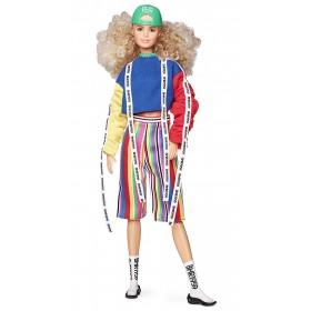 Barbie BMR1959 Bambola Snodata con Capelli Biondi Voluminosi e Look Sportivo