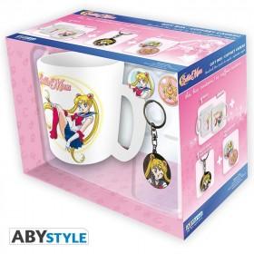 "SAILOR MOON - Pck Mug + Keychains + Badges ""Sailor Moon"""