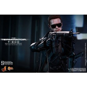 """Terminator 12"""" T-800 Battle Damaged by Hot toys"""