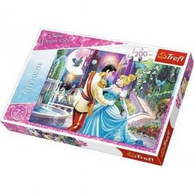 Disney princess dancing in the moonlight TREFL