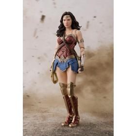 JL Wonder Woman S.H. Figuarts Bandai